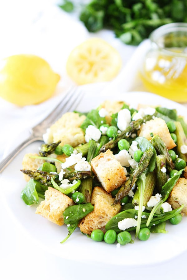 Spring-Panzanella-Salad-two peas and their pod