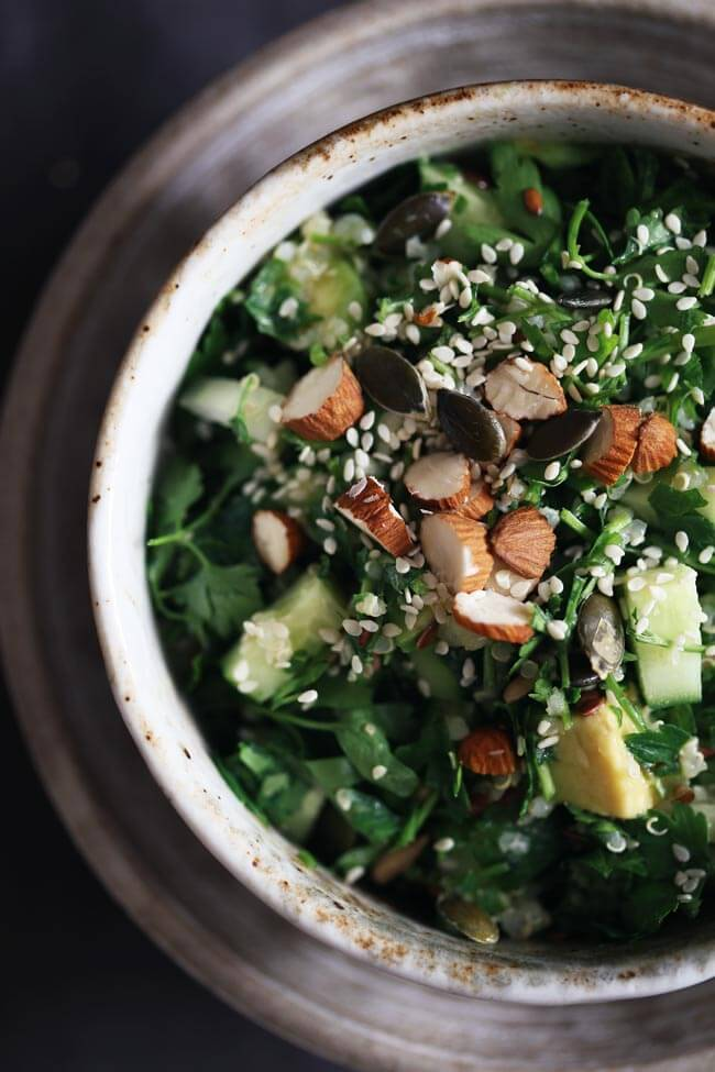 My Favorite Detox Salad | The Awesome Green