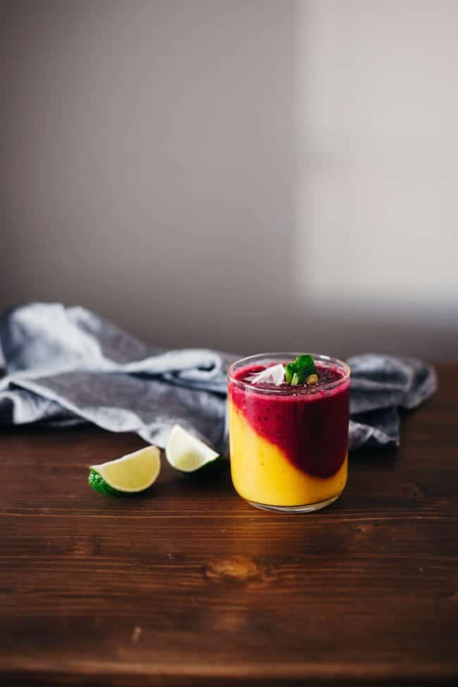 2-Layered Master Immunity-Boosting Smoothie with mango, persimmon, beets and berries for a natural defense agianst winter flu | TheAwesomeGreen.com