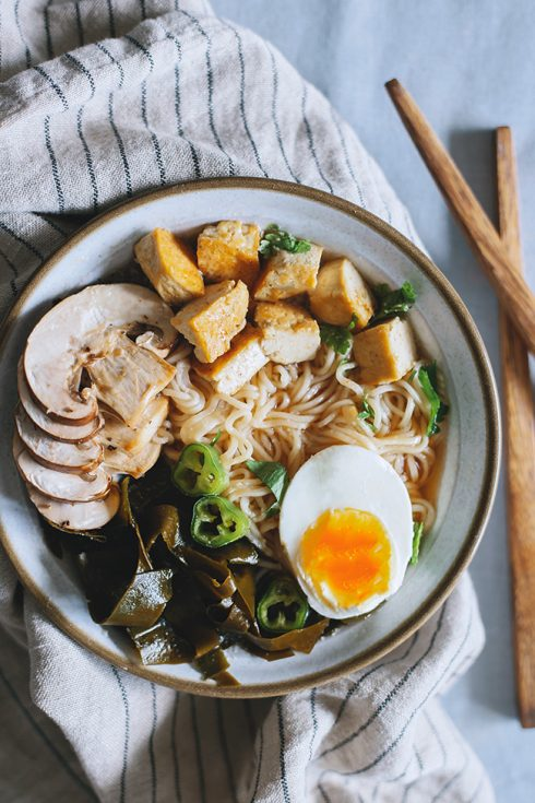 Vegetarian Ramen Bowl with Kombu Dashi, Shiitake and Caramelized Tofu | TheAwesomeGreen.com