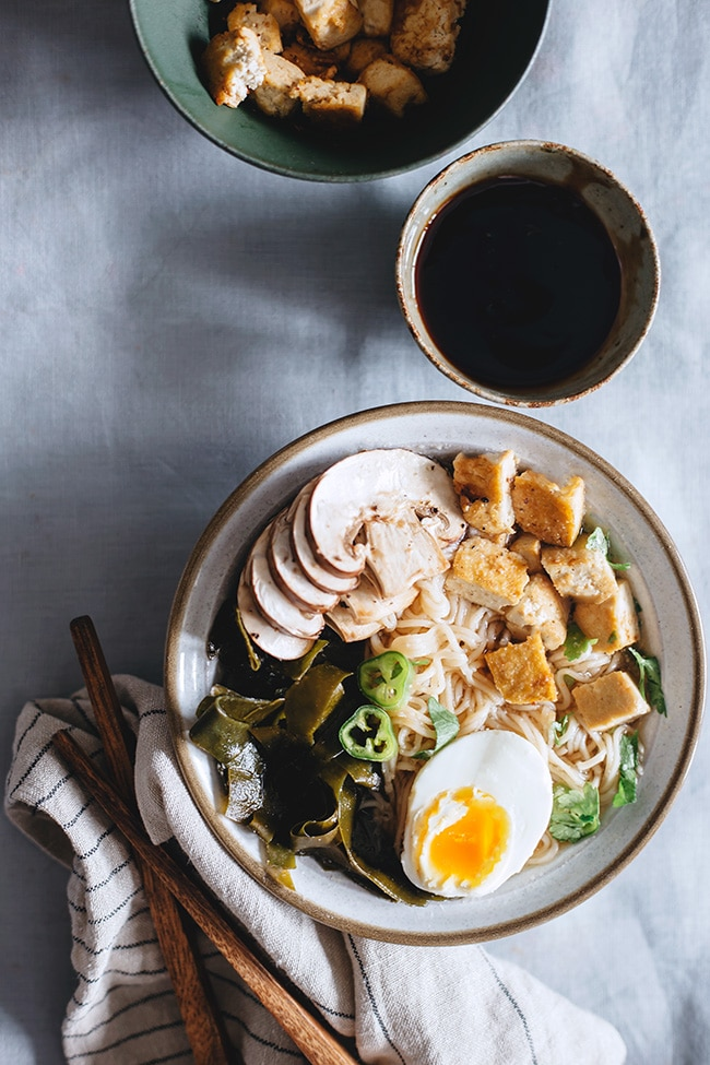 Vegetarian Ramen with Kombu Algae Dashi, made with fresh ingredients and caramelized tofu #japanese | TheAwesomeGreen.com