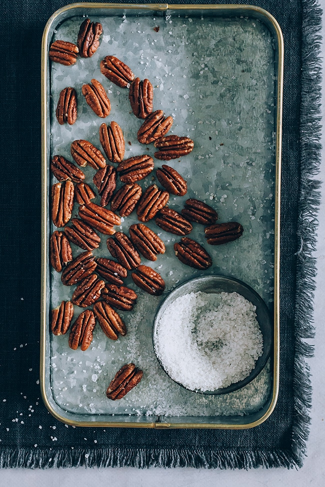 Salted pecans | TheAwesomeGreen.com