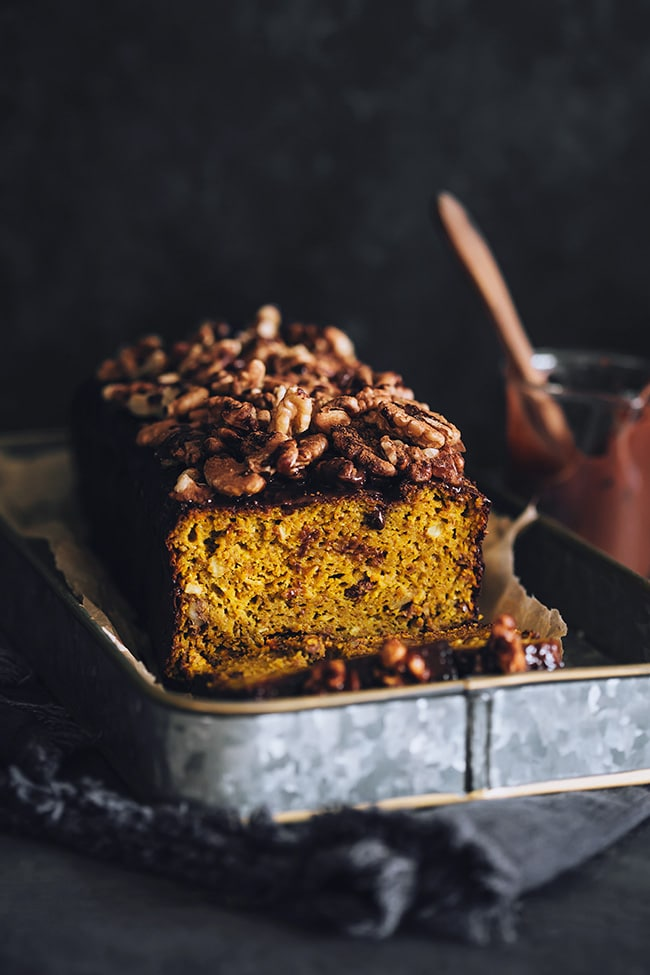 Hearty pumpkin bread #vegan #glutenfree #fall | TheAwesomeGreen.com