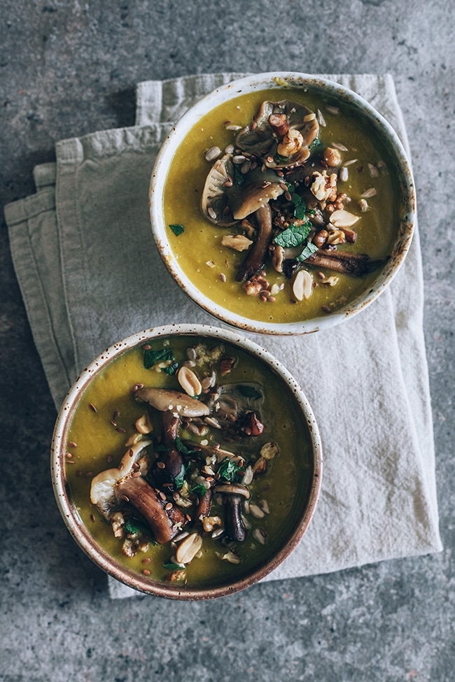 Wild mushrooms soup #vegan #fall | TheAwesomeGreen.com