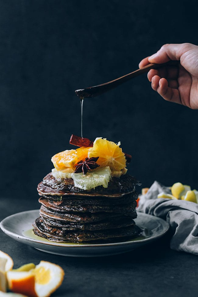 No-fail breakfast oat-flour pancakes with citrus compote #glutenfree #vegetarian #christmas #breakfast #foodPhotography #foodstyling | TheAwesomeGreen.com