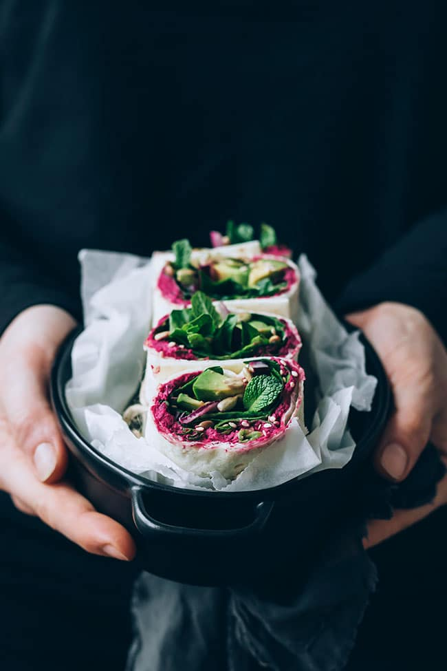 Alkalizing spinach wrap with beet hummus #spinach #hummus #wrap #lunch #alkalize | TheAwesomeGreen.com