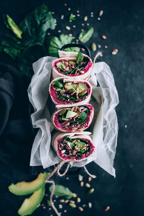 Spinach wrap with beet hummus, my go-to healthy lunch #spinach #wrap #lunch #alkalize | TheAwesomeGreen.com