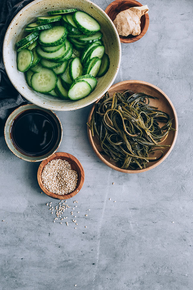 Sunomono, the cucumber and seaweed salad for healthy thyroid #hormonebalance #japanese #kelp | TheAwesomeGreen.com