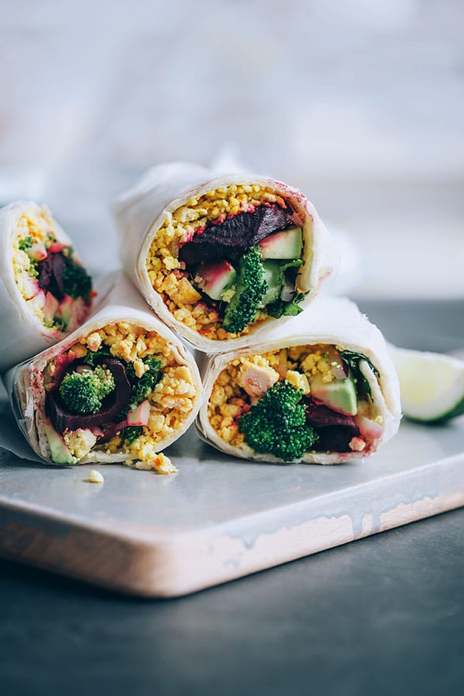 Vegan breakfast burrito with roasted beet, avocado and kale #vegan #burrito #breakfast #lunchwrap #wrap | TheAwesomeGreen.com