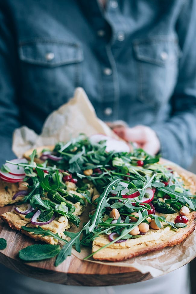 Chickpea pizza with spring greens and asparagus #glutenfree #pizza #asparagus #spring #vegan | TheAwesomeGreen.com