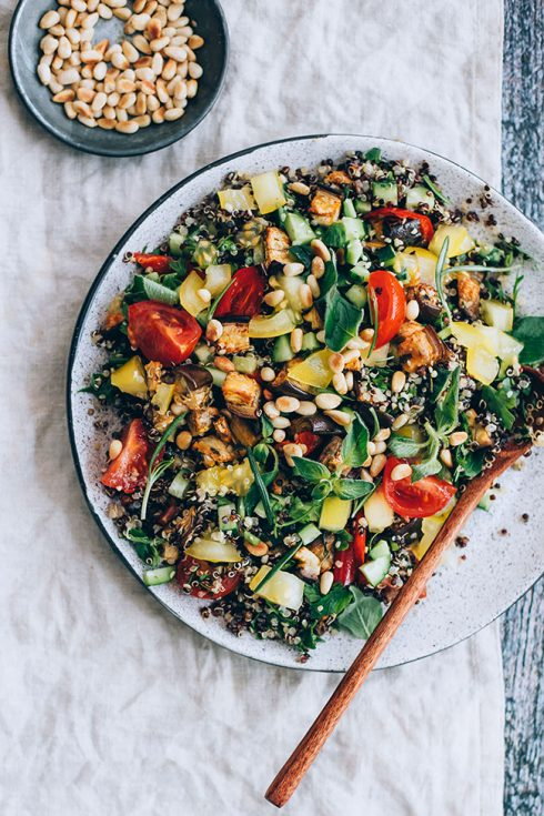 Mediterranean quinoa salad with fresh and roasted vegetables, toasted pine nuts and aromatic herbs #vegan #summer #salad #mediterranean | TheAwesomeGreen.com