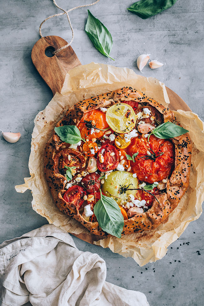 Simple summer tomato galette #tomato #summer #galette | TheAwesomeGreen.com