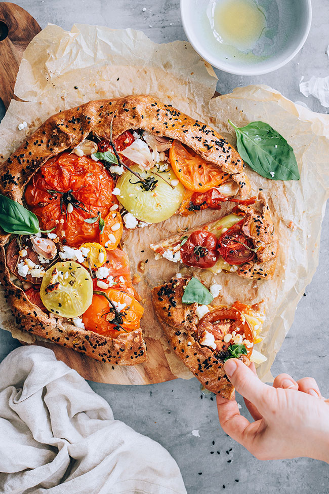 Feta, honey and tomato galette #summer #vegetarian #pie #galette #tomatoa | TheAwesomeGreen.com