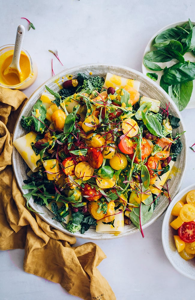 Summer pasta salad, loaded with greens, beans and seasonal ingredients #pasta #salad #pastasalad #vegan | TheAwesomeGreen.com