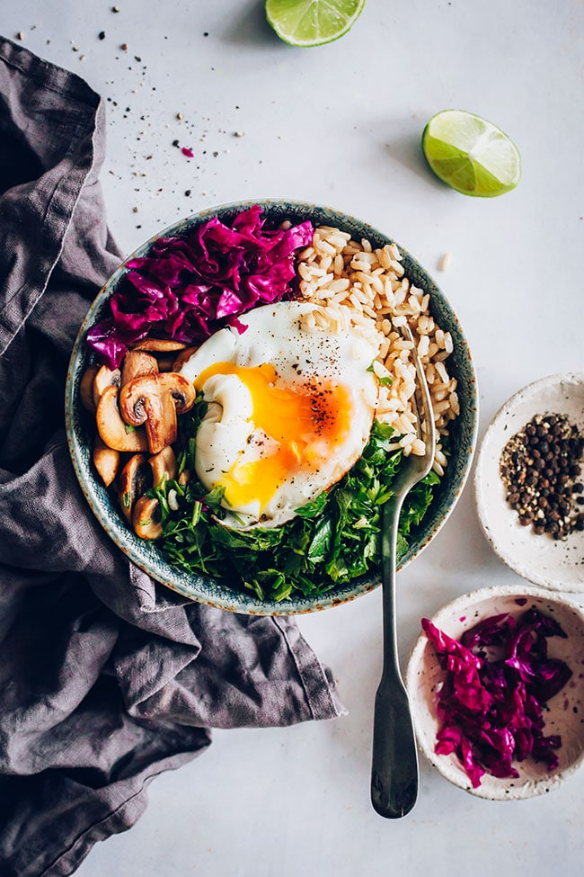 A Buddha Bowl with GABA rice to support mental health #buddhabowl #gabarice #sproutedrice #mentalhealth | TheAwesomeGreen.com