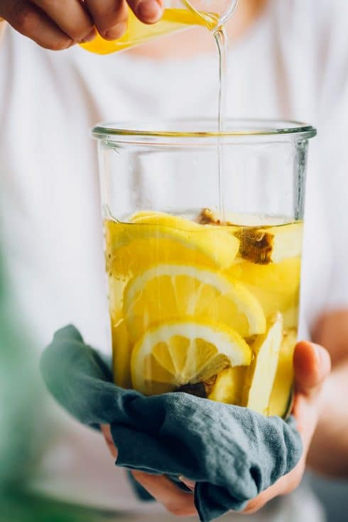 Detox water with lemon and pineapple
